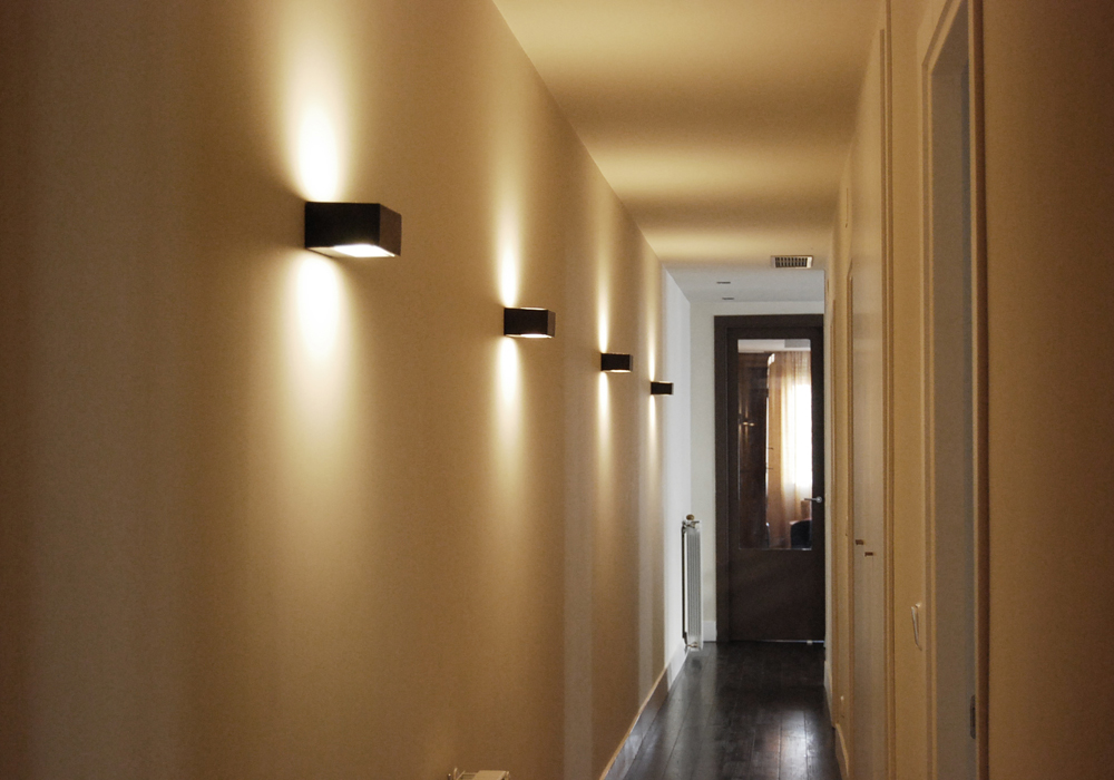 lampara techo pasillo